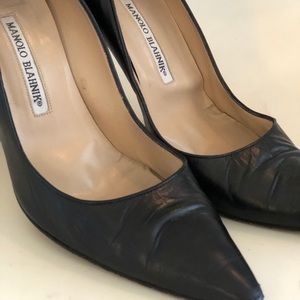 Manolo Blahnik Classic Leather Pumps 38.5